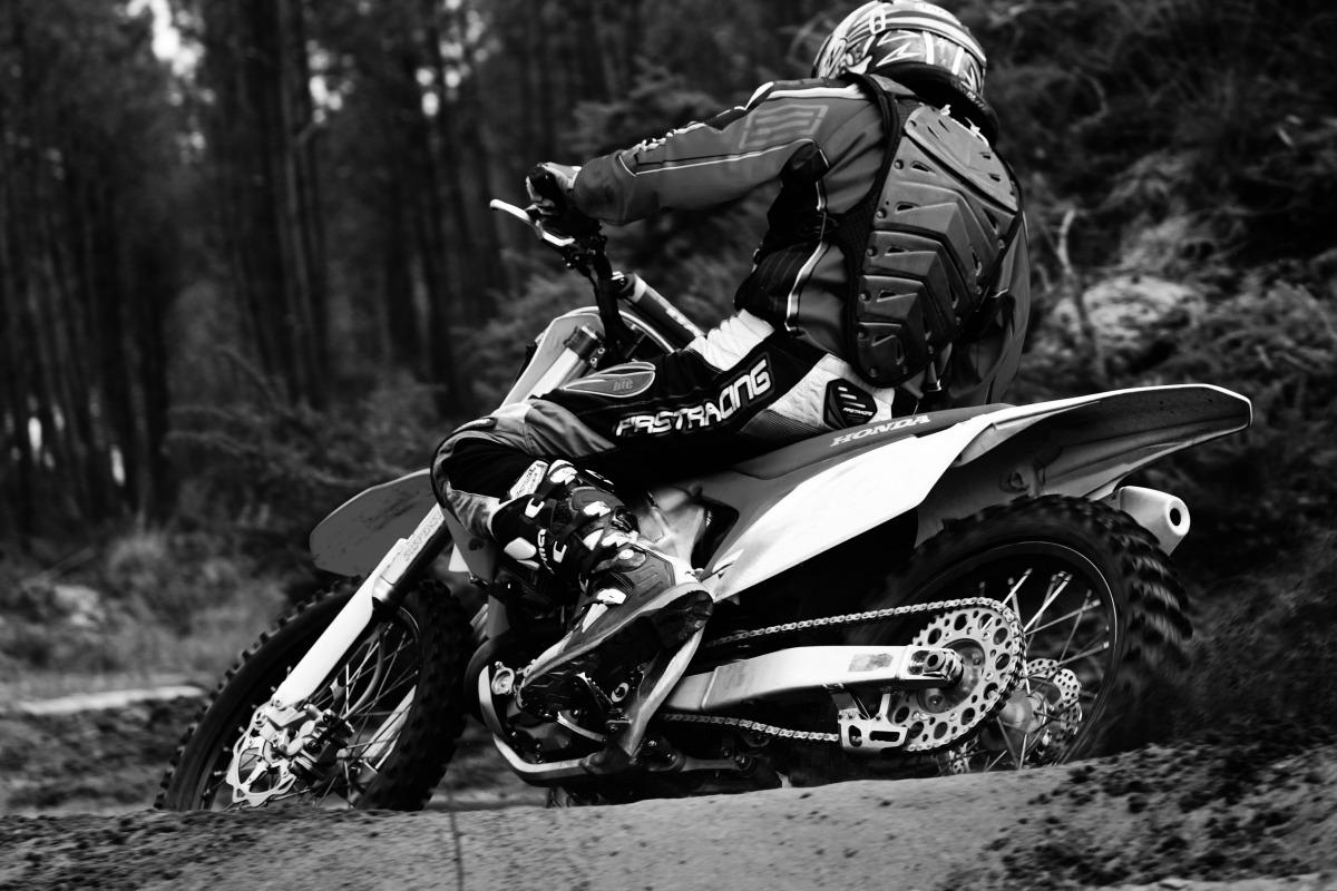 Book moto-cross photo